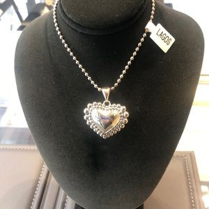 Lagos heart pendant necklace